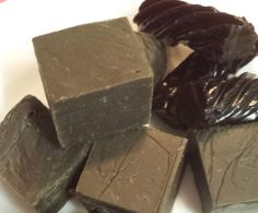 Recipe Licorice fudge by Jodie_Thermocreating - Recipe of category Baking - sweet Fudge Recipes, Candy Recipes, Sweet Recipes, Low Carb Desserts, Low Carb Recipes, Health Food Shops, Black Licorice, Homemade Black, Marshmallows