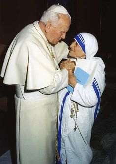 Oh, how happy this photo makes me!!! Blessed Mother Teresa Saint John Paul 2