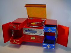 1960 s  Musica  Novelty Music Box in Shape of Record Player Fab Kitsch Item