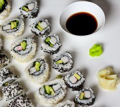 Kuch.com.pl: JAK UGOTOWAĆ IDEALNY RYŻ DO SUSHI Sushi, Panna Cotta, Ethnic Recipes, Food, Dulce De Leche, Essen, Meals, Yemek, Eten