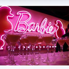 Barbie Bar in Paris! Located in Barbie Factory, where daily fun things are organized for kids Pink Love, Pretty In Pink, Hot Pink, Neon Aesthetic, Bad Girl Aesthetic, Pink Tumblr Aesthetic, Barbie Store, Orange Pastel, Photo Deco