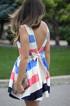 Super cute dress!