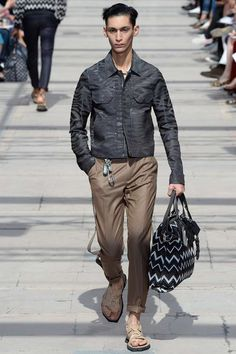 zipper shirt jacket, camou print | Louis Vuitton Spring 2017 Menswear Fashion Show