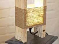 Look at these cute mini pallets table lamps! Handmade, with recycled wood (parquet) and hand-painted with water-colors, perfect as a bedside lamp! Buy Here