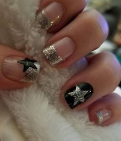 Marvelous Silver Tips With Black Stars #manicure #frenchtips #nails #summernails #frenchnails