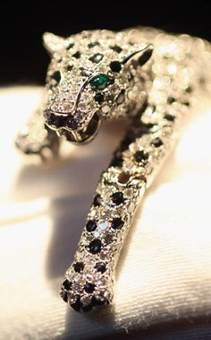 Diamond Panther Bracelet Design Art by Jeanne Toussaint Cartier Paris France !952