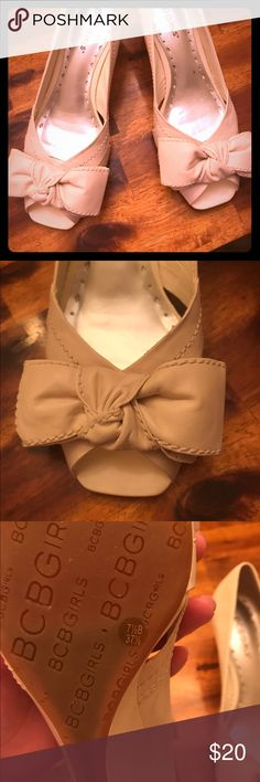 BCBG light beige bow wedge sandals Like new! Used once! They say 7 1/3 But fit more like a 7!  Very pretty bows in the front! BCBGirls Shoes Wedges