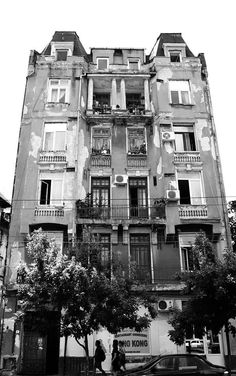 The wonder of past century architecture Interesting Reads, Timeline Photos, Memories, History, City, World, Dan, Travel, House