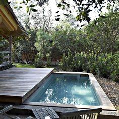Cómo construir una cubierta móvil para la piscina- patios o jardines pequeños