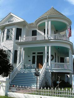 Stupendous porches on this Galveston Victorian, with green ceilings. How about a little color elsewhere on this deserving house? - Fox Home Design Victorian Architecture, Amazing Architecture, Building Architecture, Beautiful Buildings, Beautiful Homes, House Beautiful, Future House, My House, Victorian Style Homes