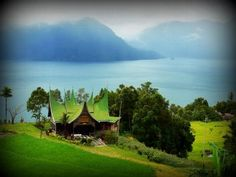 Danau Maninjau Indonesia