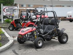 We've got this 150cc American SportWorks Carbide offroad sport go kart on the front lot welcoming visitors today. This unit is in stock and for sale for $2690. See more at: http://www.powerequipmentsolutions.com/products-a-services/online-store/go-karts/american-sportworks-model-7151-carbide-go-kart.html  #gokart #AmericanSportWorks #Carbide #offroad #fun #PES #Vandalia