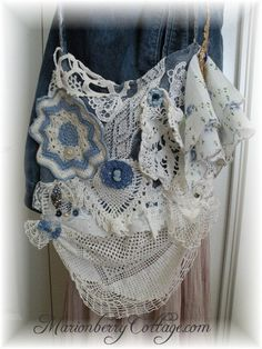 There is something old, new and blue in this vintage gypsy boho chic handbag from Marionberry Cottage. Marionberry, Vintage Gypsy, Boho Bags, Vintage Crochet, Yarn Crafts, Damask, Linens, Boho Chic, Victorian