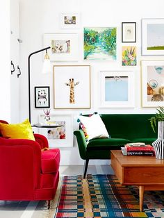 Nail the look of your gallery wall the first time with these ingenious gallery wall hacks.
