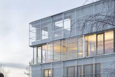 Stifter + Bachmann, Oliver Jaist · Riuso Edificio per studio, abitazione e produzione