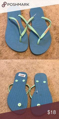 111c3651e2745 Shop Women s Havaianas size 7 Sandals at a discounted price at Poshmark.  Description  Havaianas Women s Flip Flops-brand new.