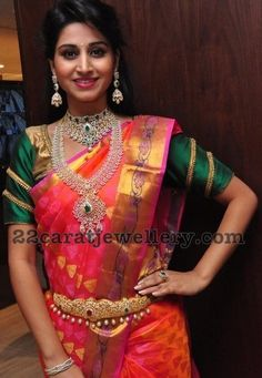Latest Collection of best Indian Jewellery Designs. Indian Bridal Outfits, Indian Wedding Jewelry, Bridal Jewelry, Half Saree Designs, Blouse Designs, Saree Wedding, Wedding Wear, Indian Costumes, South Indian Bride