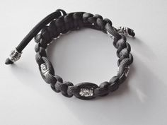 Paracord 550 Pull-Cord Black Bracelet by FineryBox on Etsy