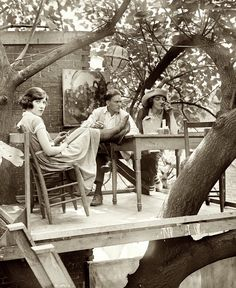 maudelynn: Treetop table at the Krazy Kat Club in Washington July 15, 1921 via http://www.shorpy.com