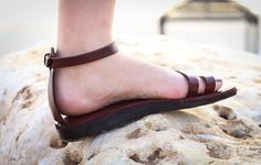 100% Handmade Leather Sandals For Women ♥ Simple and elegant, comfortable and strong at the same time. ♥ Can wear in any occasion. ♥ Use the scroll bar to pick between one of our 11 beautiful colors. ♥ Use the scroll bar to pick your size, sizes available: EU35 to EU47. All our