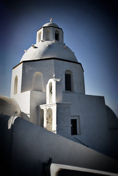 Black and White Photo of a church in Santorini, Greece © John Bragg Photography Fine Art Photo, Photo Art, Greece Architecture, Fira Santorini, Europe Photos, Black N White Images, Photo Black, Countries Of The World, Vintage Photographs