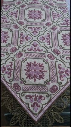 Embroidery Patterns Free, Beaded Embroidery, Cross Stitch Embroidery, Hand Embroidery, Needlepoint Stitches, Knitting Stitches, Needlework, Cross Stitch Charts, Cross Stitch Designs