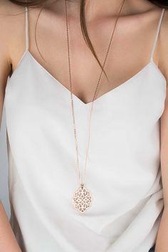 ORNAMENT Halskette rosé vergoldet Schmuck Design, Ornament, Gold Necklace, Pendants, Jewelry, Nice Jewelry, Gemstone Earrings, Armband, Decorating