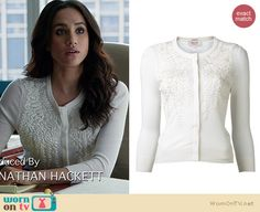 Rachel's white leaf embroidered cardigan on Suits. Outfit Details: http://wornontv.net/34779/ #Suits