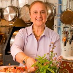 We asked Lidia Bastianich to share her top tips on how to prepare this traditional holiday meal.