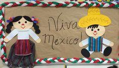 Mexican dolls bulletin board September Bulletin Boards, Back To School Bulletin Boards, Preschool Bulletin Boards, Classroom Bulletin Boards, Spanish Classroom Decor, Classroom Themes, Mexico Crafts, Hispanic Heritage Month, Preschool Graduation