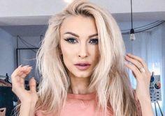 Romanian Women, Vip, Long Hair Styles, Star, Woman, Artist, Beauty, Instagram, Beleza