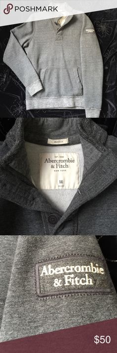 🌎Abercrombie & Fitch This gray color pullover is in very Good Condition. Worn only a few times. Excellent for Cold Days. Very Warm. Non smoking and pet free Home. Abercrombie & Fitch Shirts Sweatshirts & Hoodies