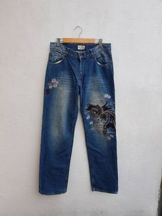 Japanese KARAKURI Generation Denim Embroidery Eagle X Dragon Sukajan Japanese Souvenir Size 31 Size US 31 Denim Jeans, Mom Jeans, Eagle, Dragon, Shopping, Fashion, Souvenir, Moda, Fashion Styles