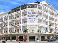 Can Tho Saigon Can Tho Hotel Vietnam, Asia Set in a prime location of Can Tho, Saigon Can Tho Hotel puts everything the city has to offer just outside your doorstep. Offering a variety of facilities and services, the hotel provides all you need for a good night's sleep. Service-minded staff will welcome and guide you at the Saigon Can Tho Hotel. Each guestroom is elegantly furnished and equipped with handy amenities. Access to the hotel's fitness center will further enhance yo...