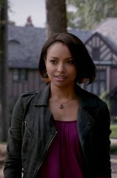 Bonnie Bennett in The Vampire Diaries S05E11