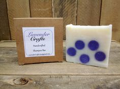 This is my gorgeous handmade natural unscented shampoo. When I was designing my shampoos I wanted to make sure that you could see straight away that it was the shampoo and decided that having dots in a different colour through the shampoo that it would do the trick.  #HandmadeInMyKitchen #ForTheLoveOfLavender #LavenderCraftsKilcoole #LavenderCrafts #HandmadeInKilcoole #AllNaturalIngredients #EcoFriendly #PalmOilFree