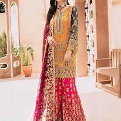 Pakistani Formal Dresses, Pakistani Dress Design, Pakistani Outfits, Indian Dresses, Indian Outfits, Fancy Dress Design, Stylish Dress Designs, Net Gowns, Mehndi Dress