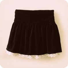 yes i know this is a children's skirt but i kinda want it. i wish it was a little longer...