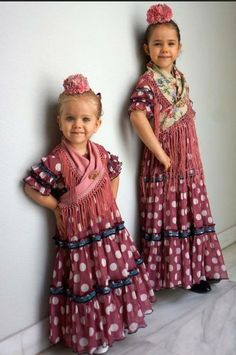 N/A Folk Fashion, High Fashion, Women's Fashion, Flamenco Costume, Spanish Fashion, Tribal Dress, Wedding Costumes, Folk Costume, My Little Girl