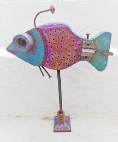 Handmade wooden fish for decoration/gift. Made of wood and rusty metals. Wooden Fish, Small Fish, Rusty Metal, Greek Art, Fish Art, Little Houses, Made Of Wood, Handmade Wooden, Decorative Objects