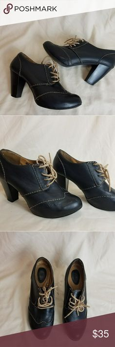 """Fossil Oxford Shoes Black 6.5 Fossil black genuine leather wingtip high heel oxford shoes 6.5 and very gently preowned condition. Shoes are gorgeous with a 3.5"""" heel and floral embossing at the wingtip. I do not have original box but will ship in a genetic shoe box. Fossil Shoes Heels"""