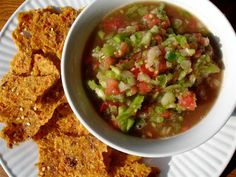 raw salsa with green tomato