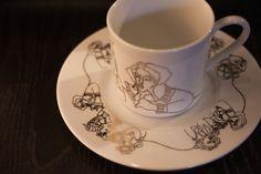 """""""La Boheme"""" fine #dinning  #tableware #porcelain #platinum   #figure #coffeecup #kaffe #artist #kunst #porcelæn #elizabethromhild #hjem #bolig #living #lifestyle"""