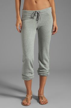 Shop for James Perse Vintage Cotton Genie Sweat Pant in Heather Grey at REVOLVE. Summer Outfits, Cute Outfits, Style Challenge, Vintage Cotton, Revolve Clothing, I Love Fashion, Fashion Outfits, Womens Fashion, My Outfit