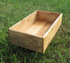 Rustic reclaimed wood box for storage or home decor. Lots of colors to choose from to match your home decor! Options for new and reclaimed