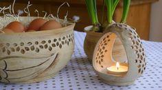 Ze života jedné hrnčířky....: Chystáme velikonoce.. Wicker Baskets, Pottery, Easter, Decor, Vases, Wood, Ceramica, Decoration, Pottery Marks