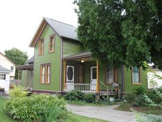 The 1897 Hatzenbuhler house built for a grocer in Mount Clemens, Mich. Exterior paint colors restored to original.