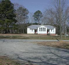 Exterior of the Allen Grove Rosenwald School at the 4-H Regional Life Center. 4-H Rural Life Center, Halifax County Agricultural Museum and Allen Grove Rosenwald School, 2005 : Cultural Heritage Institutions of North Carolina. NC Digital Collections.
