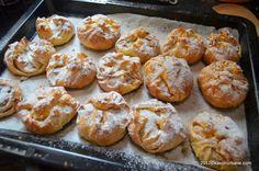 Branzoaice cu aluat foietat reteta vieneza | Savori Urbane Pretzel Bites, Feta, Hamburger, Biscuits, Bakery, Sweets, Bread, Healthy, Garden