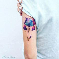 Watercolor Iris by Pis Saro